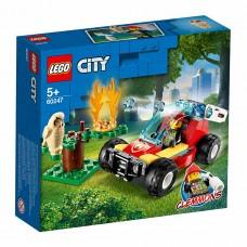 """LEGO City Конструктор """"Лесные пожарные"""" 60247"""
