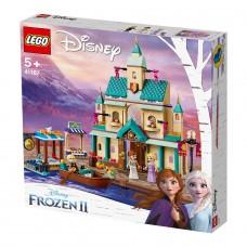 """LEGO Disney Princess Конструктор """"Поселение у замка Э"""